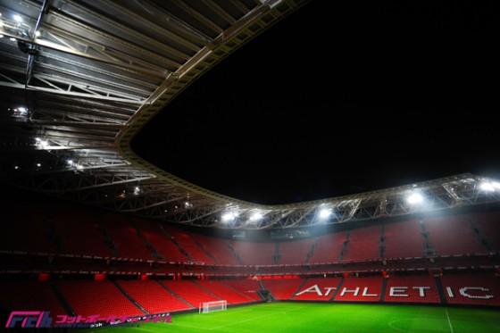 """21世紀に建てられた5つのスタジアム。""""歴史と伝統""""から""""ホスピタリティと美しい外観""""へ"""
