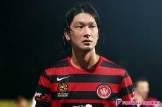 高萩洋次郎が手にしたWタイトル、韓国FA杯優勝とMVP。アジアを席巻する日本人司令塔の躍動と誇り