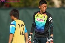 """「23人じゃなくて、25人」。献身的にチームをささえる権田修一。""""第3GK""""が語るチームで戦う意味"""
