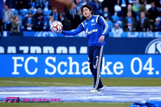緊急出場の内田、リーグでは約3年ぶりの途中出場