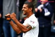 イングランド3部で観客が大量乱入! 昇格プレーオフ決勝進出で歓喜