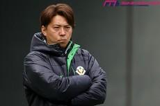 """東京V、悲願のJ1昇格へ――。冨樫監督が掲げた2ヶ条の哲学と""""緑の血""""が受け継ぐDNA"""