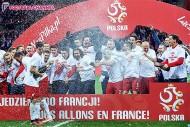 ポーランド、直接対決制し予選突破。ドイツも突破し、アルバニアは本大会初出場へ