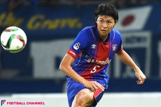 FC東京の主力CBに定着、さらには日の丸も。丸山祐市、プロとしての礎を築いた湘南での1年間