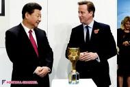 マンC、アグエロが中国習主席とセルフィー! スタジアムや練習場を見学