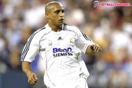 R・カルロス選手兼監督、古巣レアルの指揮を夢見る「戻れたら最高に幸せ」