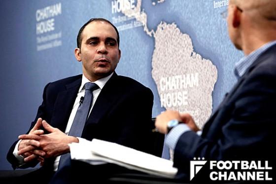 FIFA会長選候補者たちは人権侵害と汚職防止の公約にサインするか