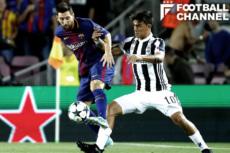 メッシ(左)との比較で試合前は散々現地メディアに持ち上げられていたディバラ(右)だったが…