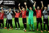 試合後、勝利を喜ぶ浦和の選手たち