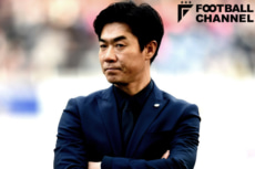 セレッソ大阪を率いる尹晶煥監督