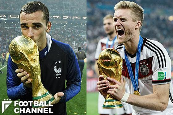 フランス代表(左)とドイツ代表(右)