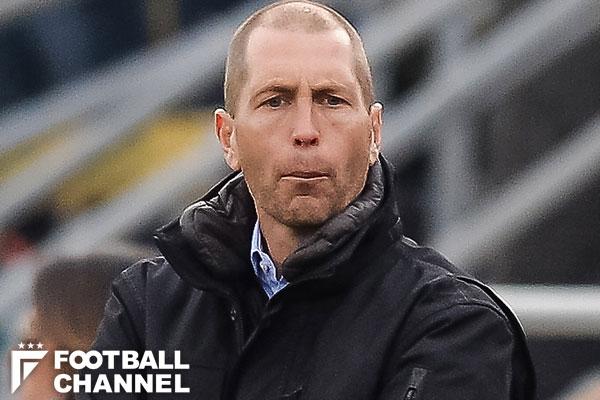 アメリカ代表、1年2ヶ月ぶりに新監督決定。日韓ワールドカップ出場メンバーを招へい